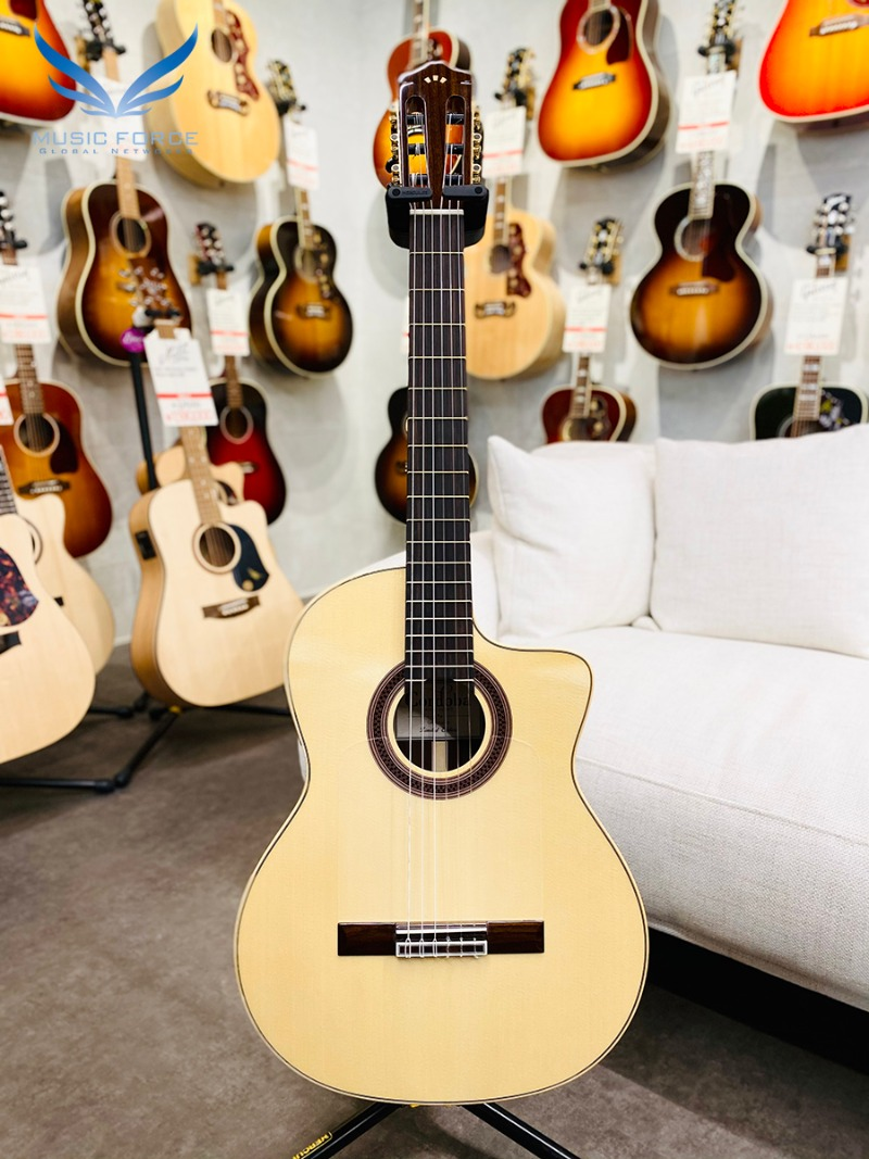 [코르도바 공식대리점/실재고보유] Cordoba Iberia Series Gipsy Kings Signature GK Studio Limited Edition(European Spruce Top) w/Ziricote Back & Sides, Fishman Presys Blend System(신품) 나일론 클래식 기타 - 20000147